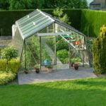 Serre de jardin : pour potager ou objet déco ?