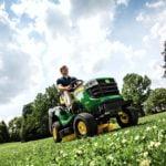 Accessoires tracteur de jardin, à toute saison, habillez-le comme bon vous semble !