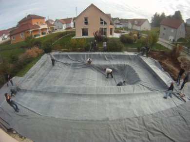 Construire sa piscine naturelle blog equip 39 jardin - Realiser sa piscine ...