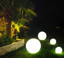 Éclairage jardin: solution sans électricité - Blog equip\'jardin